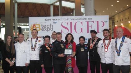 Giorgia Maioli, Dovilio Nardi e parte della delegazione internazionale di chef ospiti della Nazionale Italiana Pizzaioli