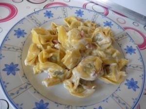 Tortellini mascarpone gorgonzola e speck