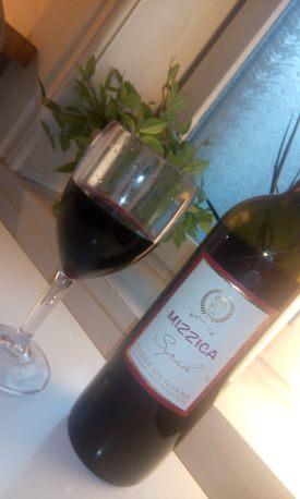 mizzica-vinoli82-e-bicchiere